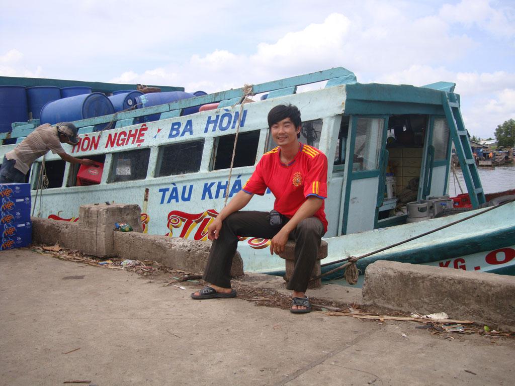 ben-tau-ba-hon-kien-giang-1